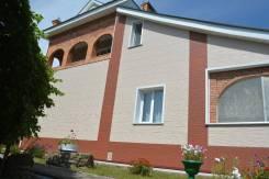 Продам дом. Радужный 1, р-н Радужный1, площадь дома 150 кв.м., централизованный водопровод, электричество 15 кВт, отопление электрическое, от агентст...