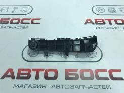 Крепление бампера Переднее Левое Оригинал Toyota Crown Majesta 52536-30210