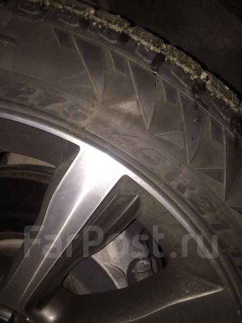 Pirelli Winter Carving. Зимние, шипованные, износ: 30%, 4 шт