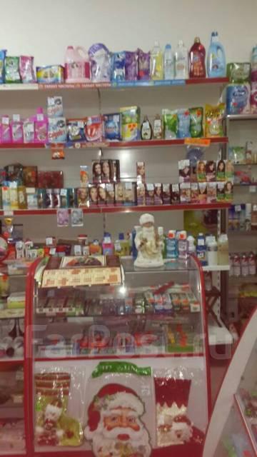 Продам действующий магазин хоз. товаров в Уссурийске