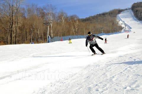 Цзилинь. Горнолыжный тур. Цзилинь, горнолыжный курорт «Бэйдаху» Выезд 22 февраля!