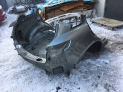 Задняя часть автомобиля. Infiniti FX35