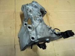 Кронштейн опоры двигателя. Nissan X-Trail, T31R, T31, TNT31 Nissan Teana, J32R Двигатель QR25DE