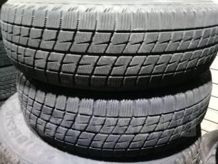 Bridgestone Ice Partner. Всесезонные, 2012 год, износ: 10%, 2 шт. Под заказ