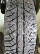 Bridgestone Ice Cruiser 7000. Зимние, шипованные, 2011 год, износ: 20%, 4 шт