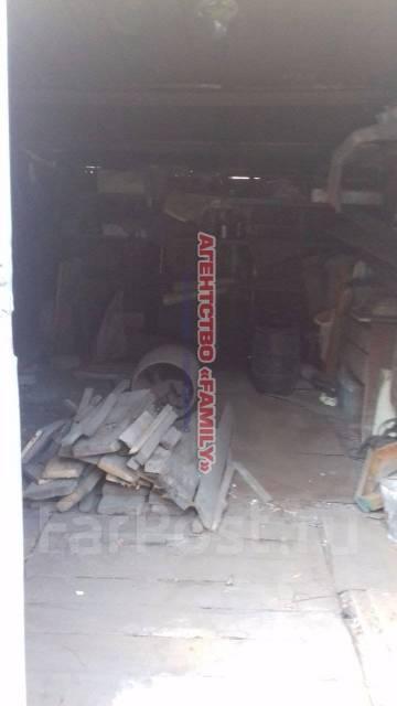 Гаражи металлические. улица Героев Варяга 12, р-н БАМ, 19кв.м., электричество, подвал. Вид изнутри