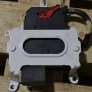 Блок управления парковочным тормозом Volvo XC60, S60 II, V70