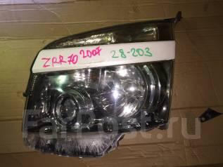 Фара. Toyota Noah, ZRR75G, ZRR75W, ZRR70G, ZRR70W Двигатели: 3ZRFAE, 3ZRFE