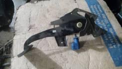 Педаль тормоза. Mazda Axela, BKEP, BK5P, BK3P Двигатели: LFDE, ZYVE, L3VE, LFVE, L3VDT