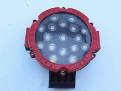 Фара светодиодная серии CH013-51W Универсальная Красная 17 диодов