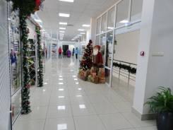 Помещения в торговом центре Искра. 88 кв.м., Комсомольская, р-н Сидоренко