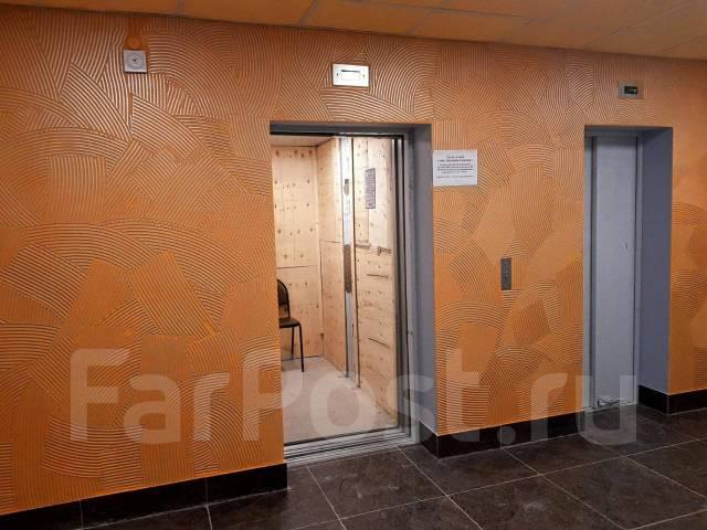 1-комнатная, улица Александра Зеленского 34. Междуречье, агентство, 40 кв.м. Подъезд внутри