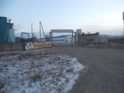 Продам базу, с помещением под склад, на территории 1204 кв. м в. Новоникольское шоссе, р-н Доброполье, 1 205 кв.м.