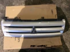 Решетка радиатора. Mitsubishi Dingo, CQ1A, CQ2A