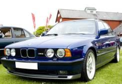 Стекло противотуманной фары. BMW 5-Series, E34
