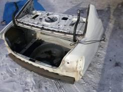Задняя часть автомобиля. Toyota Aristo, JZS161, JZS160