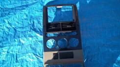 Консоль панели приборов. Ford Explorer, U251