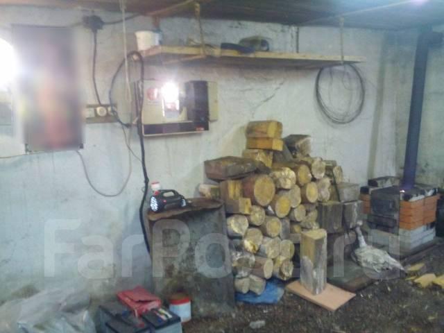 Гаражи кооперативные. Хабаровский край поселок Ванино, р-н ГСК - 3, 24 кв.м., электричество, подвал. Вид изнутри