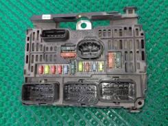 Блок предохранителей под капот. Peugeot 407, 6D, 6E Двигатель EW10A