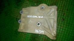 Крепление компрессора кондиционера. Mitsubishi Pajero, H66W, H67W, H76W, H77W Mitsubishi Pajero Pinin, H66W, H67W, H76W, H77W Mitsubishi Pajero iO, H6...