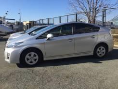 Toyota Prius. автомат, передний, 1.8 (95л.с.), бензин, 125тыс. км