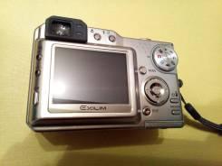Casio Exilim EX-P600. 6 - 6.9 Мп, зум: 4х