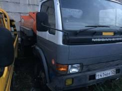 Nissan Diesel. бензавоз 4 куба заправщик ТОРГ, 4 750 куб. см., 4,00куб. м.