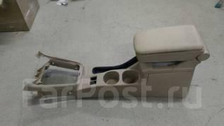 Подлокотник. Subaru Forester, SG, SG5, SG6, SG69, SG9, SG9L
