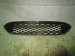 Решетка радиатора. Ford Focus, CB8 Двигатели: IQDB, M8DA, M8DB, PNDA, UFDB, XQDA, XTDA