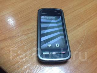 Nokia 5228. Б/у