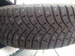 Michelin X-Ice North 2. Зимние, шипованные, 2012 год, износ: 5%, 1 шт