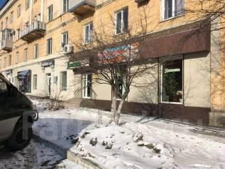 Сдам в аренду. 87 кв.м., улица Владивостокская 28, р-н Ленинская. Дом снаружи