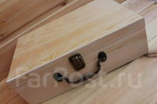 Большая деревянная коробка-чемодан с ручкой и замком 30*20*10см