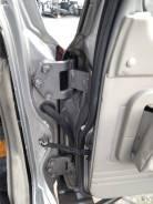 Крепление двери багажника. Nissan Patrol, Y61 Nissan Safari, VRGY61, WFGY61, WGY61, WRGY61, WTY61, WYY61, Y61 Двигатели: RD28TI, TB48DE, ZD30, ZD30DDT...