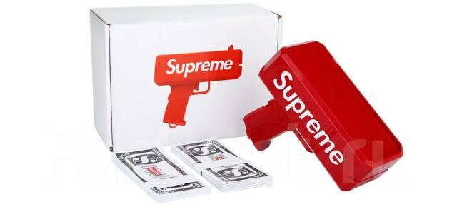 Пистолет для денег Supreme.