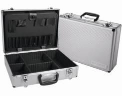 Ящики для инструментов.