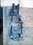 Крепление ручки двери. Volkswagen Passat, 362, 3C5, 365, 3C2 Двигатели: BWV, BVX, BMP, BVZ, BLP, BKP, BMR, BUZ, BLR, BLV, BWA, BLX, BXE, BSF, BMB, BLF...