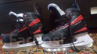 Продам хоккейные коньки р.40. размер: 40, хоккейные коньки