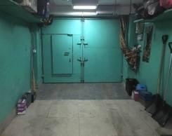 Гаражи капитальные. переулок Днепровский 2, р-н Столетие, 18 кв.м., электричество. Вид изнутри