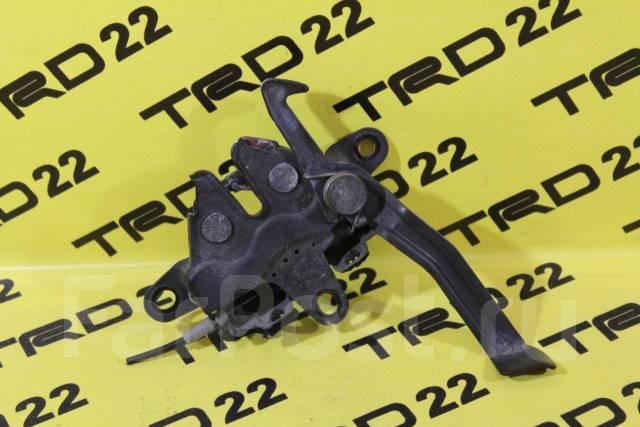 Замок капота. Toyota Vista, AZV50, AZV55, SV50, SV55, ZZV50 Toyota Vista Ardeo, AZV50, AZV50G, AZV55, AZV55G, SV50, SV50G, SV55, SV55G, ZZV50, ZZV50G...
