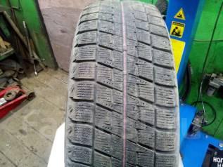 Bridgestone Blizzak Revo. Зимние, без шипов, 2009 год, износ: 40%, 1 шт