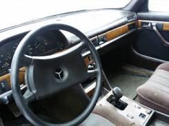 Интерьер. Mercedes-Benz S-Class, W126