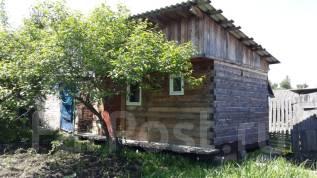 Продам хороший деревянный дом в черте города в Арсеньеве. Садовая 31, р-н Садовая, 9 Мая., площадь дома 35 кв.м., централизованный водопровод, электр...