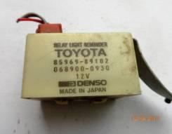 Б/У реле напоминания света Hilux / 4Runner LN130 VZN130 RN135 LN135. Toyota 4Runner, LN130, LN135, RN101, RN110, RN120, RN130, RN135, RN80, RN85, RN90...