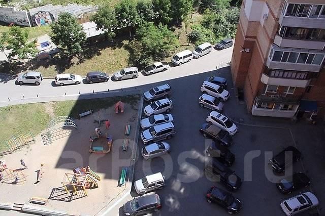 2-комнатная, улица Давыдова 35. Вторая речка, 50кв.м. Вид из окна днем