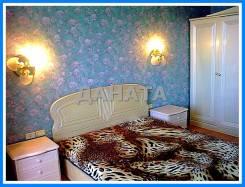 2-комнатная, улица Толстого 25. Некрасовская, агентство, 52кв.м. Комната