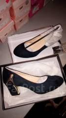 Распродажа женской обуви в ассортименте. (от 600 до 800р. ). Акция длится до 31 января