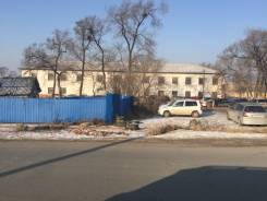 Продам двухэтажное здание с земельным участком. Улица Новоселова 9а, р-н Недалёко от центра, 1 500 кв.м.
