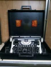 Печатная машинка в кейсе. Рабочая. В идеальном состоянии. Оригинал