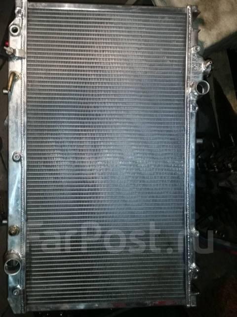 Радиатор охлаждения двигателя. Toyota Aristo, JZS161, JZS147 Двигатель 2JZGTE